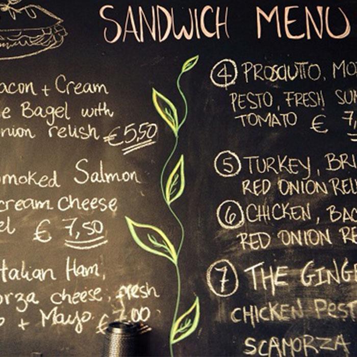 menu ristorante creato con vernice lavagna nera smart