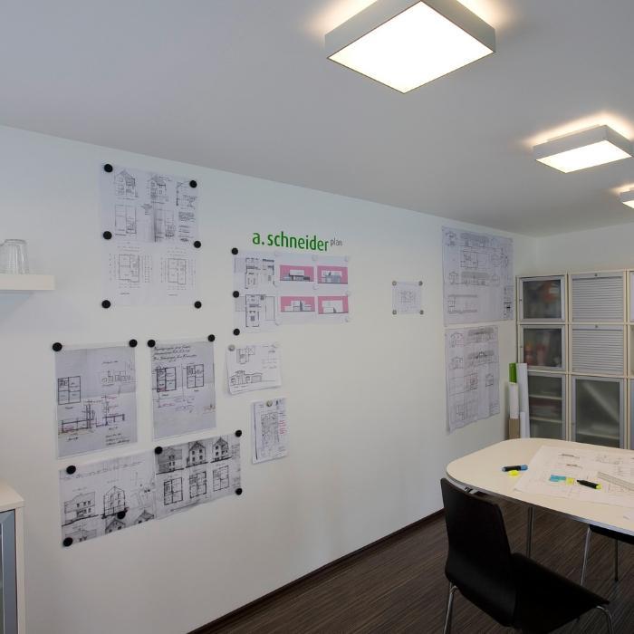 muro per riunioni intonacato con intonaco magnetico