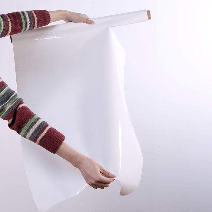 strappare foglio dal rotolo di fogli effetto lavagna bianca smart